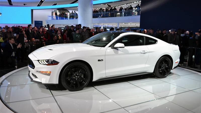 2018 Mustang Oxford White