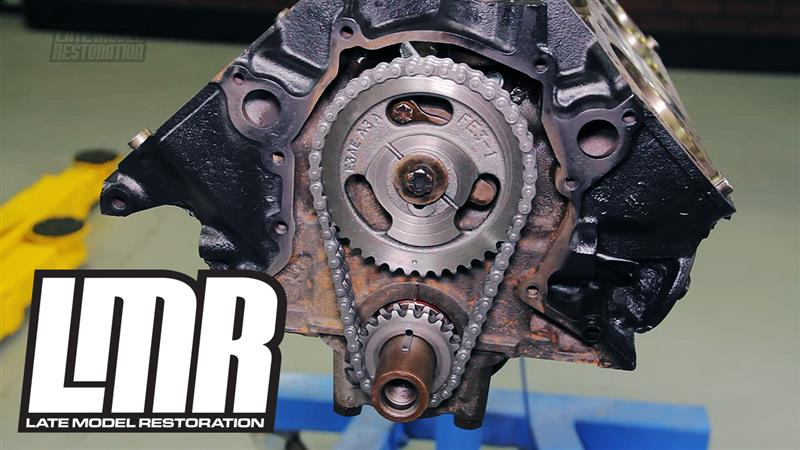 How to Install a Camshaft in a Ford 302 with Timing Chain ...